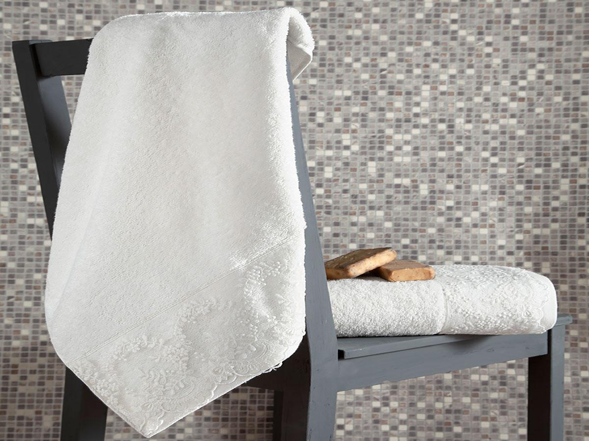 Комплект махровых полотенец «KARNA» с гипюром ELINDA (Кремовый) 50×90-70х140 см. Состав 100% хлопок. Производство ТМ «Karna» (Карна), Турция