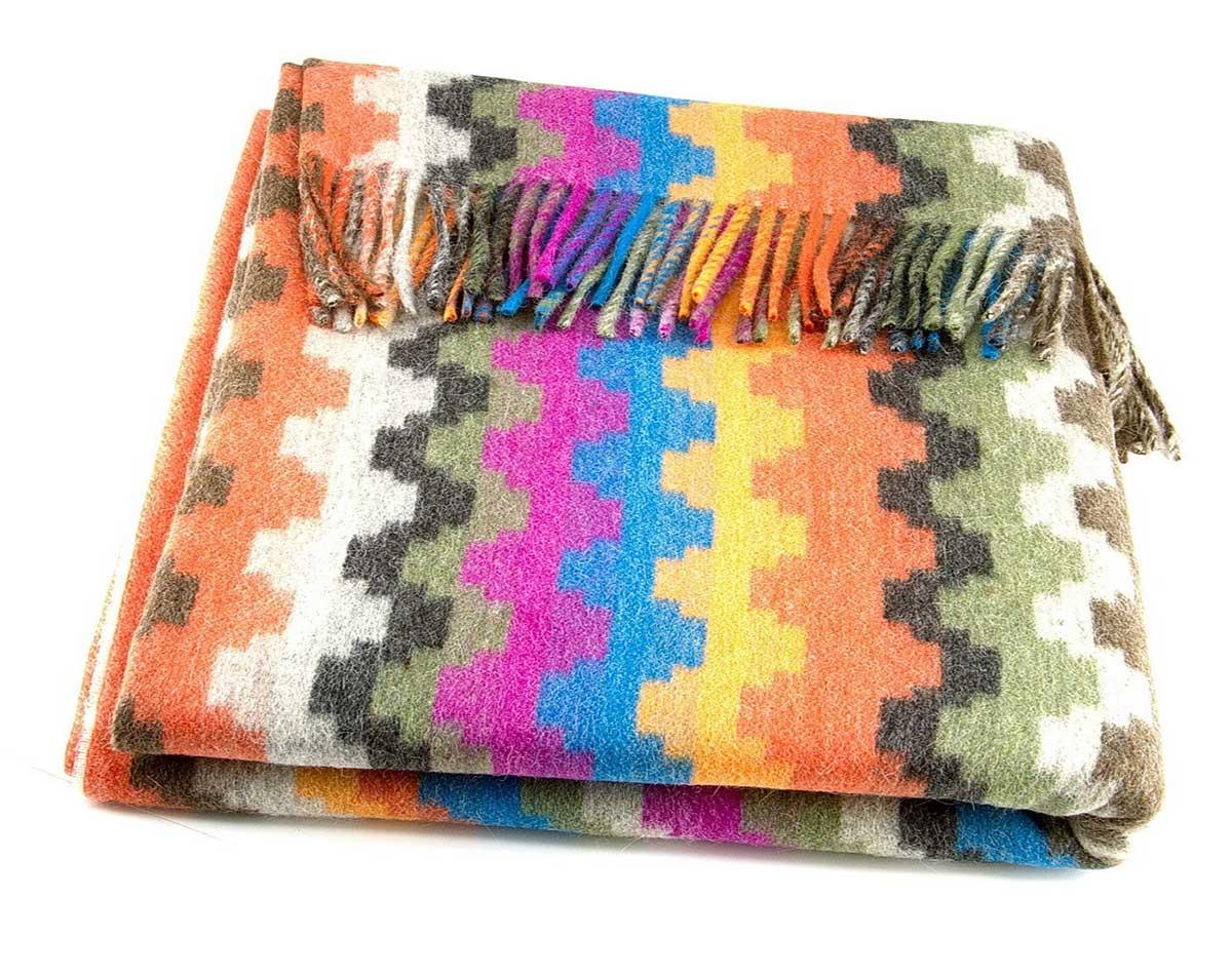 Шерстяной плед с кистями «Incalpaca PP-61″ 150х200см. Плед 55% шерсть альпака, 45% шерсть мериноса. Производитель: ТМ «Incalpaca» («Инальпака»), Перу