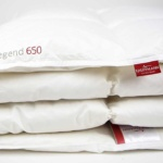 «True Legend 650 medium» 155×200см. Всесезонное пуховое стеганое одеяло. Наполнитель: белый, гусиный пух (пух 90% и мелкое перо 10%) 1 класса. Ткань: Батист пуходержащий (Mako Batiste), 100% Egyptian COTTON.. Производитель: ТМ «Kauffmann» («Кауфман»), Германия