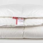 «True Legend 650 warm» 220×200см. Теплое пуховое кассетное одеяло. Наполнитель: белый, гусиный пух (пух 90% и мелкое перо 10%) 1 класса. Ткань: Батист пуходержащий (Mako Batiste), 100% Egyptian COTTON.. Производитель: ТМ «Kauffmann» («Кауфман»), Германия