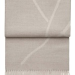 Шерстяной плед с кистями «6120 WILDFLOWER beige/white» 130х200см. Плед 100% шерсть беби альпака. Производитель: ТМ «Elvang», Дания