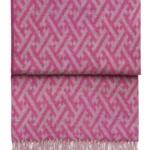 Шерстяной плед с кистями «6144 AMAZING swing pink/dahlia» 130х200см. Плед 100% шерсть беби альпака. Производитель: ТМ «Elvang», Дания