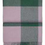 Шерстяной плед с кистями «6166 WHISPER emerald/dahlia» 130х200см. Плед 100% шерсть беби альпака. Производитель: ТМ «Elvang», Дания
