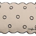 Подушка детская декоративная «Печенька»50х35см. Состав: 100% хлопок. Наполнитель: 100% полиэстер. Производитель: ТМ «Lorena Canals» , Испания (страна изготовитель Индия, поставщик компания «Инфания»)