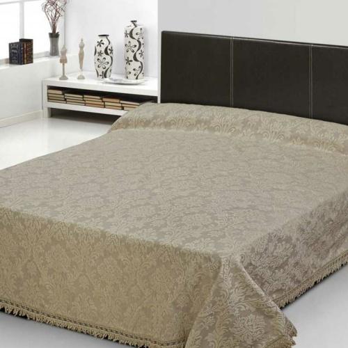 Покрывало 2-спальное жаккардовое «ANTONIO SALGADO Heritage» (бежевый). Покрывало без наволочек 220х270см. Состав: 80% хлопок, 20% полиэстер. Производство ТМ «ANTONIO SALGADO», Португалия (поставщик «Европейский Текстиль»)