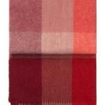 7110 INCA stones RED. Плед шерсть50% альпака, 40% овечья шерсть. ТМ Elvang, Дания