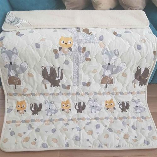 «Меринос ЛоконХлопок Друзья» 100×140см. Детское теплое шерстяное тканое одеяло. 100% открытая шерсть мериноса. Ткань 100% хлопок-перкаль. Производитель ТМ «Magicwool», Росси