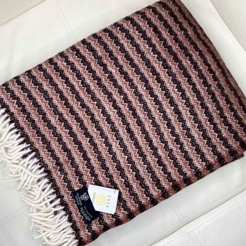 Фиджи Шерстяной плед с кистями 100 шерсть новозеландских ягнят. Производитель Klippan Saule, Латвия