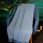 JANINA 6-4. Шерстяной плед с кистями. Плед из 100% шерсть новозеландских ягнят. «AVINAMAS», Литва